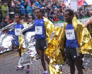 Ein rein äthiopischen Siegerfoto bei den Herren. © SIP / René van Zee