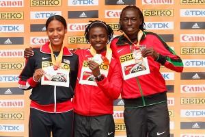 Margaret Wambui (r.) gewann bei den Hallen-Weltmeisterschaften 2016 die Bronzemedaille. © Getty Images for IAAF / Christian Petersen