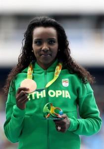 Tirunesh Dibaba holte bei den Olympischen Spielen die Bronzemedaille. © Getty Images / Alexander Hassenstein