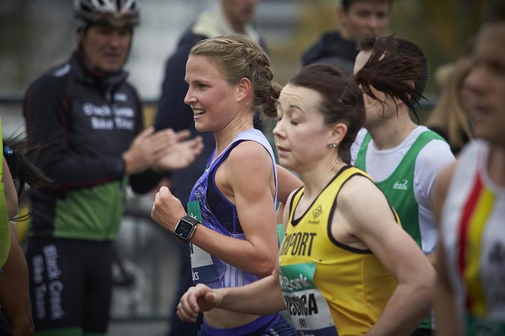 Lisa Hahner beim schnellsten Marathon ihrer Karriere in Frankfurt 2015. © SIP / Johannes Langer