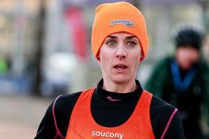 Total fokussiert lief Molly Huddle heuer in persönlicher Bestleistung zum Sieg beim New York City Halbmarathon. © NYRR
