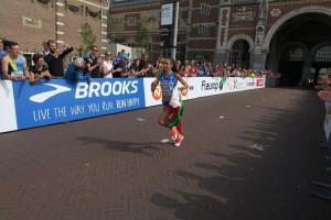 Veronica Inglese, hier beim EM-Halbmarathon in Amsterdam, entscheidet erst kurzfristig über ein Antreten. Sie ist durch eine Grippe geschwächt. © SIP / René van Zee