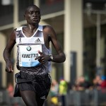 Dennis Kimetto bei seinem Weltrekordlauf 2014 in Berlin. © SIP / Johannes Langer