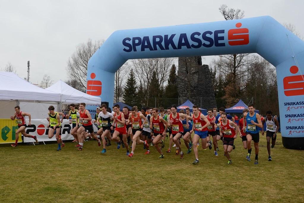 Start des Männerrennens (Kurzdistanz) © CrossAttack / Alexander Schwarz